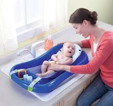 Bathing A Baby In A Bathtub The First Years Newborn To Toddler Tub