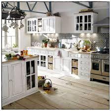 cuisine rustique blanche cuisine rustique blanche inspirations avec idees de cuisine rustique