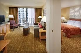 2 bedroom suite waikiki embassy suites 2 bedroom suite playmaxlgc com