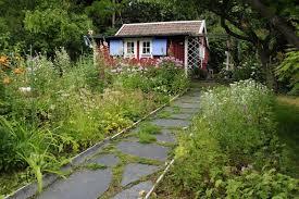 Gardens With Summer Houses - cottage garden ideas