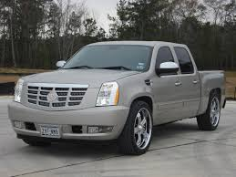 cadillac escalade front end ext spotted wthout roll bar is this an option