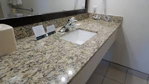 Comfort Suites Denver International Airport Quality Inn Denver Airport Aurora Co Booking Com
