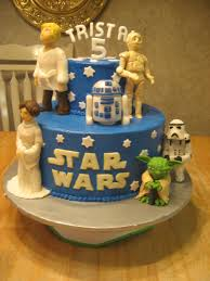 top wars cakes cakecentral wars buttercream cake with molded fondant figures