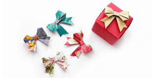 christmas wrapping bow 33 unique christmas gift wrapping ideas diy gift wrap