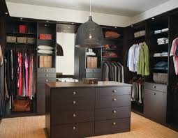 Master Bedroom Wall Finishes Master Bedroom Walk In Closet Dimensions Dark Brown Finish Oak