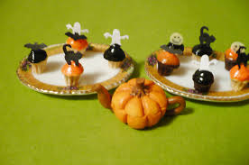 Halloween Mini Cakes by A Small Hearts Desire Halloween Mini Cupcake Tutorial With Mold