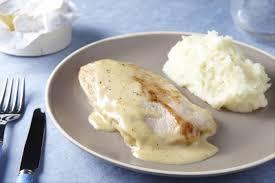 cuisiner escalope de dinde recette de escalope de dinde à la crème de camembert facile et rapide