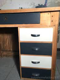 bureau repeint bureau repeint relooking bureau bois vintage bureau peint en noir