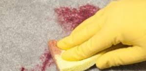 comment enlever des taches sur des sieges de voiture tache de sang tout pratique