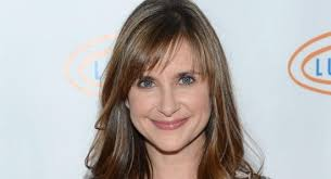 kellie martin in the ornament news fans