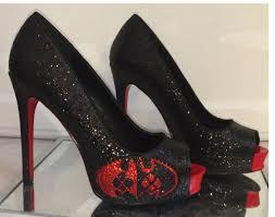 superhero black red glitter harley quinn heels shoes batman