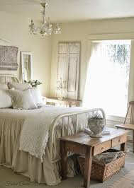Cottage Style White Bedroom Furniture Best 25 Mismatched Furniture Ideas On Pinterest Cottage