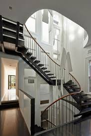 grand objet deco design déco cage escalier 50 intérieurs modernes et contemporains ideeco