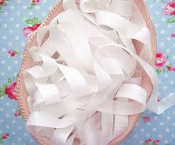 seam binding ribbon white vintage style seam binding ribbon