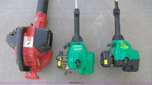2 weedeater featherlite gas powered string trimmers item