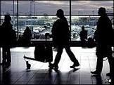 Turistas espanhóis barrados reclamam de discriminação