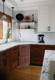 Kitchen Cabinets Colors And Designs Best 25 Bungalow Kitchen Ideas On Pinterest Craftsman Kitchen