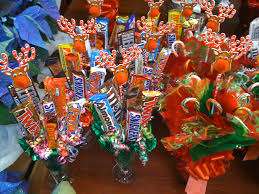 how to make candy centerpieces if you still have halloween candy