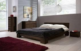chambre à coucher chêtre chambre de nuit moderne chambre a coucher moderne en bois massif