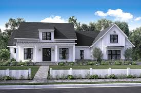 Front elevation of Country home ThePlanCollection House Plan