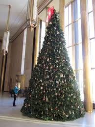 artificial tree replaces live balsam fir as official christmas