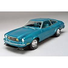 ford mustang 77 amazon com amt ertl 1 25 77 ford mustang ii limited toys