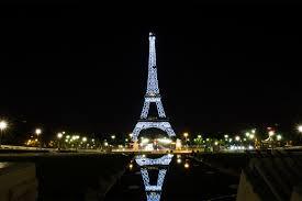 eiffel tower light show 4letterworld eiffel tower