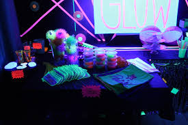 Glow In The Dark Party Decorations Ideas Food Tags Presentlyobsessed