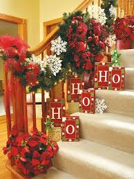Decorate Outdoor Railing Christmas by A Whole Bunch Of Christmas Staircase Decorating Ideas Christmas