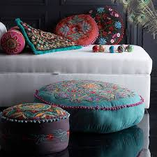 Ottoman Pillow Cushion by 307 Best Quilt Ideas Tuffets Images On Pinterest Foot Stools