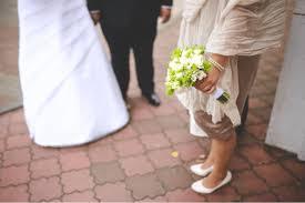 cheap wedding ideas cheap wedding ideas that don t feel cheap clearpoint