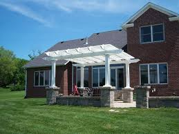 freestanding 14 u0027 x 14 u0027 pergola with 75 shade and 5