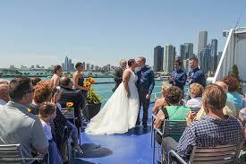 small wedding venues chicago chicago wedding venue on lake michigan spirit cruises