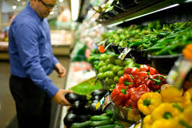 the fruit and vegetables most likely to reduce risk of lung