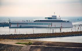 steve jobs u2014 luxury yacht charter u0026 superyacht news