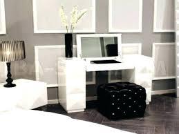 Bedroom Vanity Table Best 25 Corner Makeup Vanity Ideas On Pinterest Dressing Table