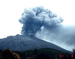 El volcán Sakura-Jima en Japón entró en erupción Images?q=tbn:ANd9GcQR7WgWTjn5gbbSDigc5evCBmXFE2C1ffB7UA1zXPqH-16sUzmXkw