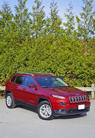 mitsubishi jeep 2016 2016 jeep cherokee north 3 2 v6 4x4 road test review carcostcanada