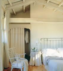 peinture chambre sous pente 1001 idées déco de chambre sous pente cocoon