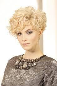 Frisuren Mittellange Haar Dauerwelle by 11 Besten Prüfungsfrisuren Bilder Auf Kurze Haare