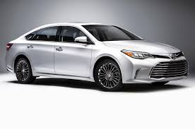 see toyota cars 2016 toyota avalon first look motor trend