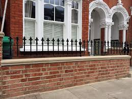 Home Decor Stores London Victrorian London Garden Design Red Brick Front Wall Heavy Rails