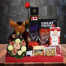 canada gift baskets a canadian gift basket yorkville s canada