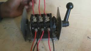 how to connect a three phase motor reverse and forward by change