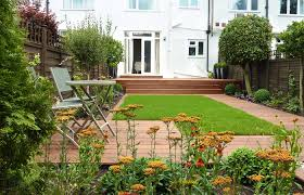 contemporary garden design london 1