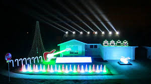 christmas light display to music near me hiliarious and amazing christmas light show 2014 can can featured