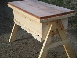 How To Build Top Bar Hive 57 Best Bee Hivos D I Y Images On Pinterest Bees Pictures And Bee