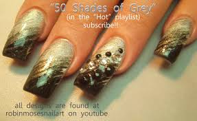 silver and black gradient nail art design ombre nails with bling