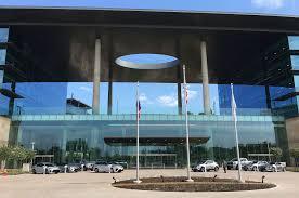 lexus corporate headquarters japan toyota u0027s 1 billion headquarters 25 cool facts from the grand