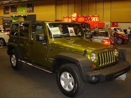 green jeep wrangler unlimited file jeep wrangler unlimited green jpg wikimedia commons